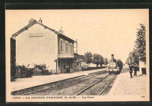 AK La Grande Paroisse, La Gare, Bahnhof mit Eisenbahn