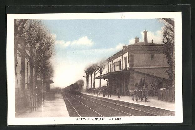 AK Sury-le-Comtal, La Gare, Bahnhof von der Gleisseite