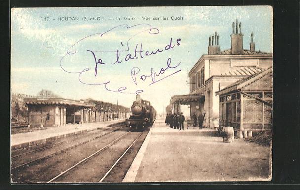 AK Houdan, La Gare, Vue sur les Quais, Bahnhof