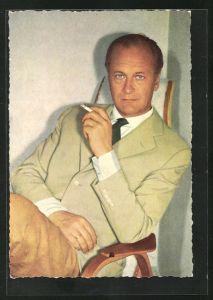 AK Schauspieler Curd Jürgens mit Zigarette