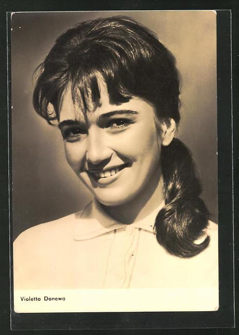 AK Schauspielerin Violetta Donewa mit dunklem Haar