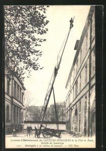 AK Paris, Exercises d`Entrainement des Sapeurs-Pompiers, Echelle de Sauvetage, Feuerwehr-Übung