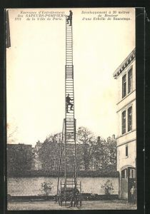 AK Paris, Exercises d`Entrainement des Sapeurs-Pompiers, Une Echelle de Sauvetage, Feuerwehr-Übung