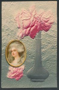 Präge-Airbrush-AK Medaillon mit Damenportrait, Rosen in einer Vase