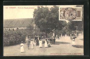 AK Conakry, Sortie du Temple protestant