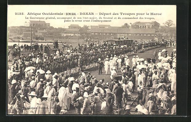 AK Dakar, Depart des Troupes pour le Maroc, Le Gouverneur General accompagne de son Etat-major