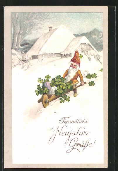 AK Zwerg transportiert Glücksklee mit der Schubkarre durch den Schnee, Neujahrsgrüsse