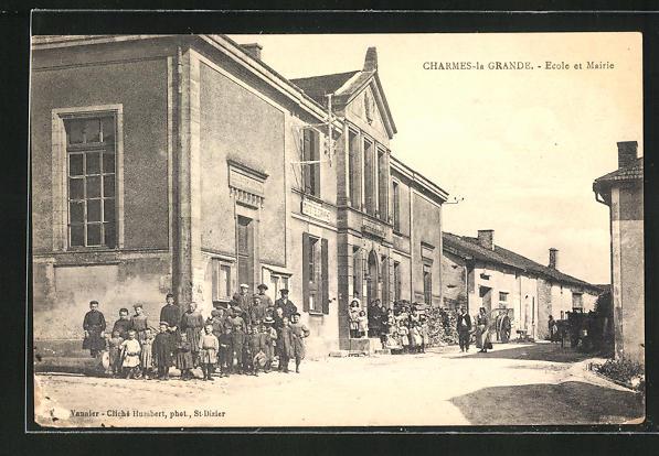 AK Charmes-la Grande, ecole et Mairie