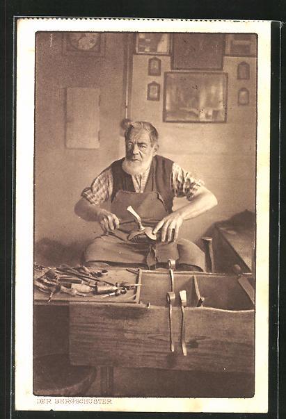 AK Der Bergschuster, Schuhmacher in der Werkstatt