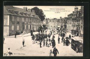 AK Fresnay-sur-Sarthe, Concours de Gymnastique du 10 Juillet 1921, Le Defile