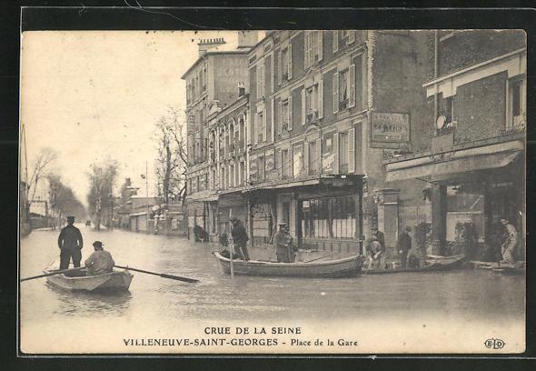 AK Villeneuve-Saint-Georges, Crue de la Seine, Place de la Gare