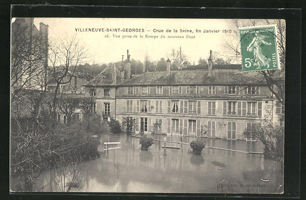 AK Villeneuve-Saint-Georges, Crue de la Seine Janvier 1910, Vue prise de la Rampe du nouveau Pont