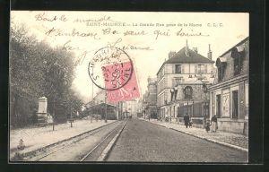 AK Saint-Maurice, La Grande Rue prise de la Mairie