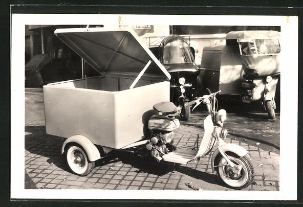 AK Lambretta Transport-Motorrad, rückseitig technische Merkmale