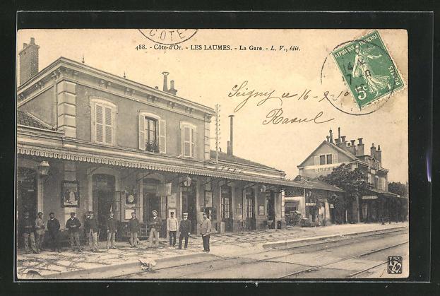 AK Les Laumes, La Gare, Bahnsteig am Bahnhof