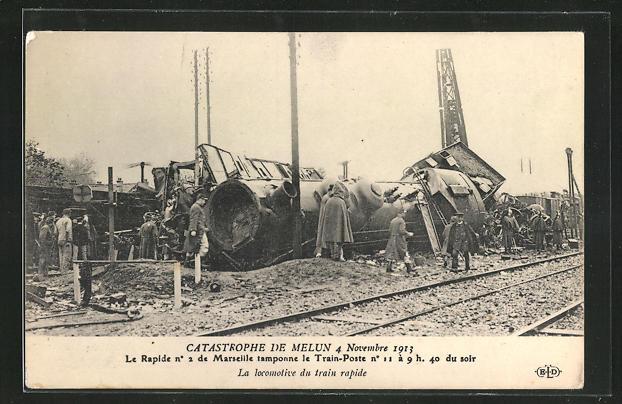 AK Melun, Catastrophe 4 Novembre 1913, La locomotive du train rapide