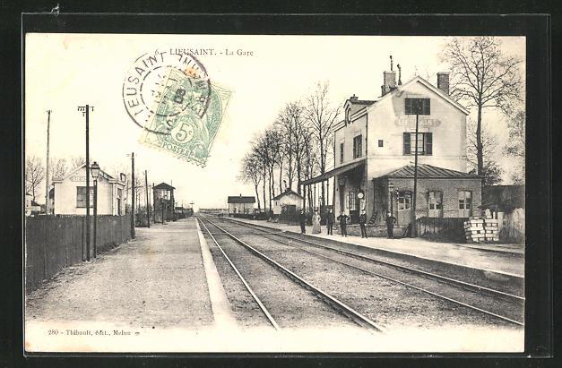 AK Lieusaint, La Gare, Bahnsteig am Bahnhof