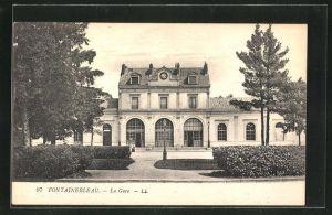AK Fontaineblanc, La Gare, Ansicht vom Bahnhof