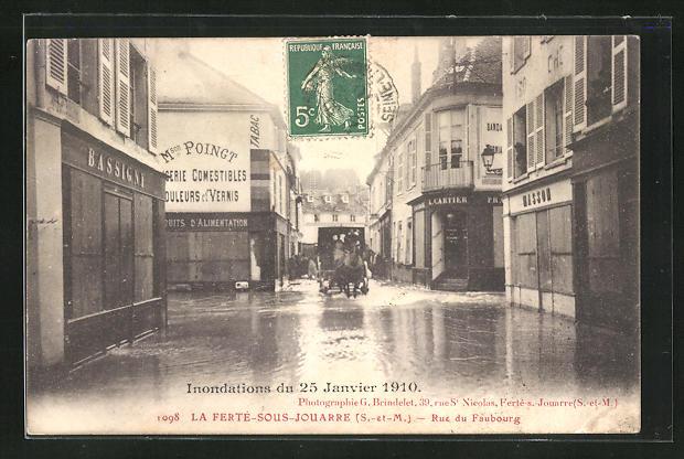 AK La Ferte-sous-Jouarre, Rue du Faubourg, Inondations du 25.01.1910 0