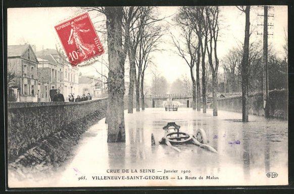 AK Villeneuve-Saint-Georges, La Route de Melun - Crue de la Seine 1910 0