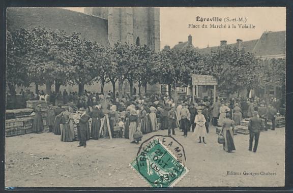 AK Ègreville, Place du Marchè à la Volaille