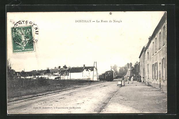 AK Dontilly, La Route de Nangis, Strassenpartie 0