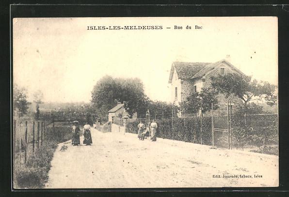 AK Isles-les-Meldeuses, Rue du Bac, Strassenpartie 0