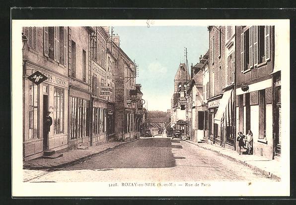 AK Rozay-en-Brie, Rue de Paris, Strassenpartie 0