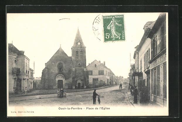 AK Ozoir-la-Ferrière, Place de l` Eglise