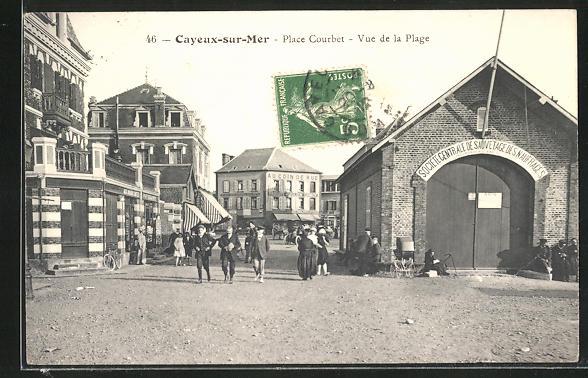 AK Cayeux-sur-Mer, Place Courbet -Vue de la Plage 0