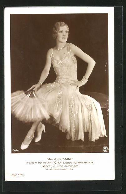AK Marilyn Miller in bestickten Kleid mit Federfächer, Jenny-Dina-Moden Kurfürstendamm 36 Berlin