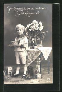 AK Knabe im Matrosenanzug bekommt einen Teddy zum Geburtstag