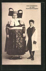 AK Kontrast-Ehepaar in Tracht von Schaumburg-Lippe, Übergewichtige Frau und normaler Ehemann