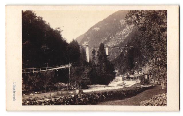 Fotografie L. Hardtmuth, Wien, Ansicht Viadukt und Wehr, Hängebrücke