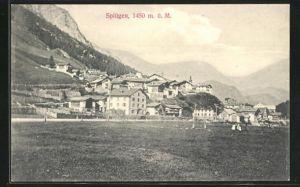 AK Splügen, Ortsansicht mit Bergen