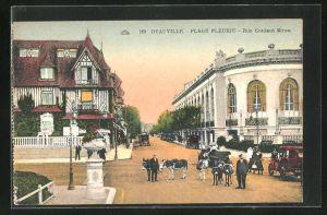 AK Deauville-Plage Feurie, Rue Gontaut Biron, Strassenpartie