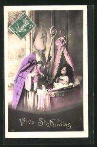 AK Vive St Nicolas, Nikolaus mit Puppe und Kind