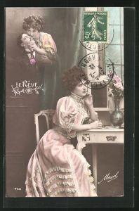 AK Junge Dame sitzt am Schreibtisch und träumt mit offenen Augen von ihrem Geliebten, Fotomontage
