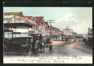 AK Block Island, RI, Front Street mit Kutschen, Restaurant