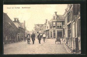 AK Delfzijl, Marktstraat, Passanten