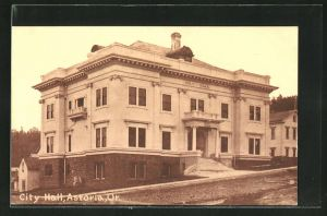 AK Astoria, OR, City Hall