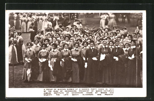 AK Devonshire, A group of Queen`s Nurses at a garden party given in 1912 0