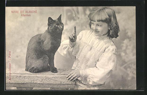 AK Noire et Blanche, Attention, Mädchen mit schwarzer Katze 0