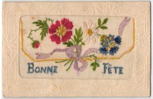 Seidenstick-AK Bonne Fete, mit Blumen bestickte Stofftasche