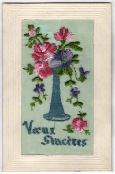 Seidenstick-AK Grussbotschaft mit Blumen in einer Vase