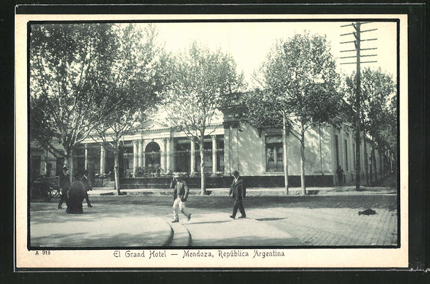 AK Mendoza, El Grand Hotel 0