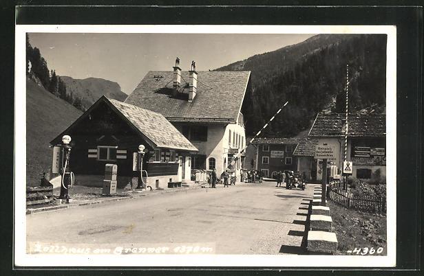 AK Brenner, Zollhaus mit Schranke
