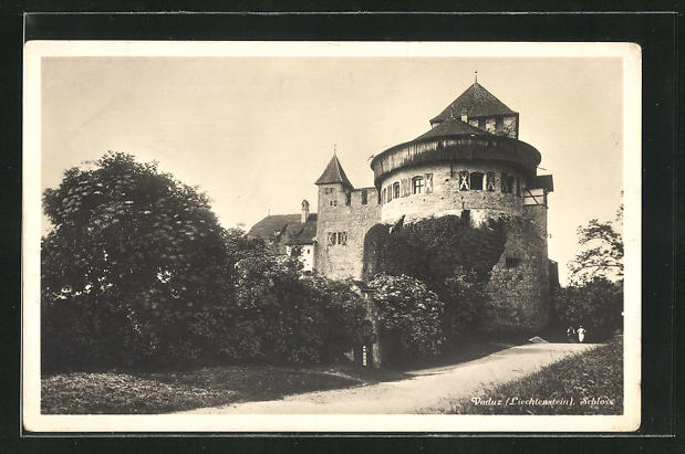 AK Vaduz, Partie vor dem Schloss