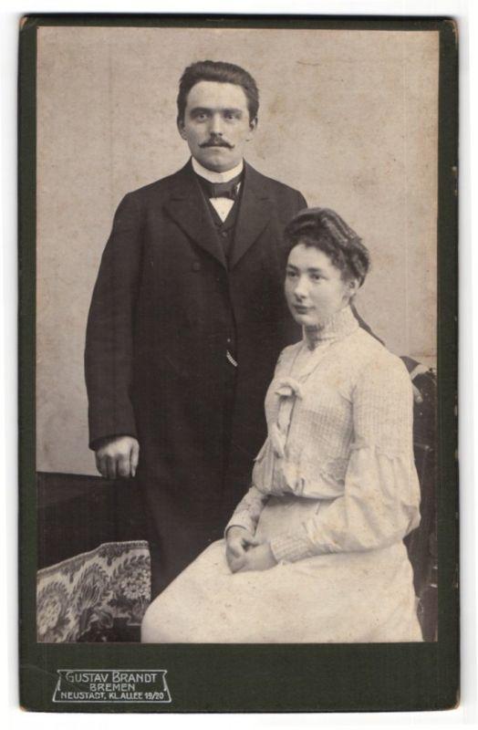 Fotografie Gustav Brandt, Bremen, Portrait junges gutbürgerliches Paar