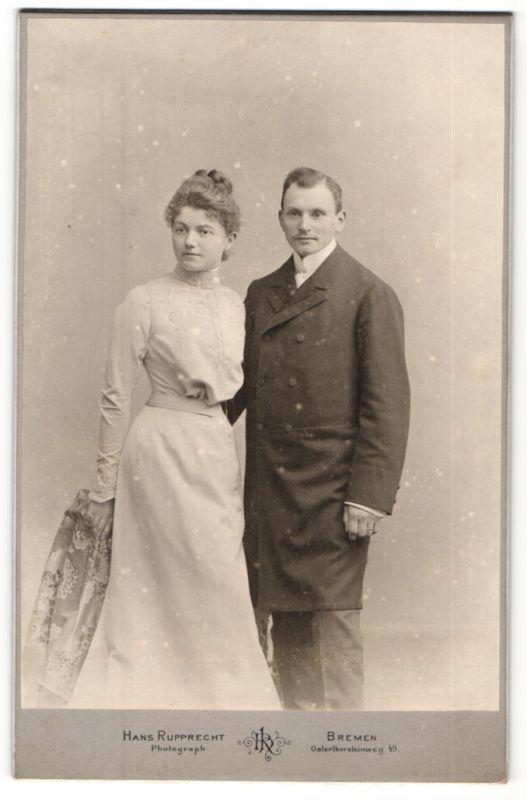Fotografie Hans Rupprecht, Bremen, Portrait junges Paar in Abendgarderobe